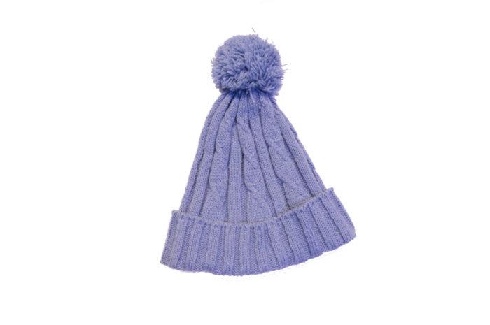 Kapa s cofom svjetlo plava